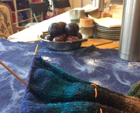 Dagens strikketøj i Noro Flower Bed