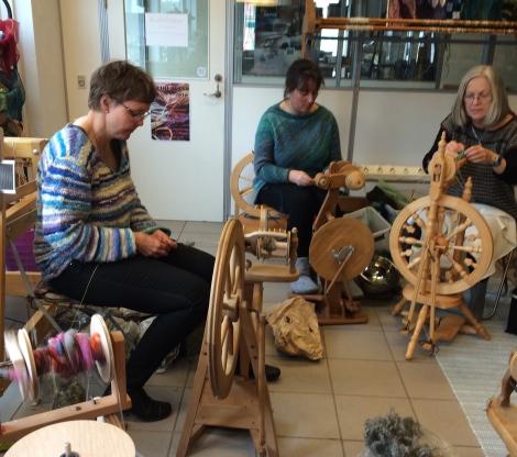 Ida Marie, Karen og Conny i dyb koncentration